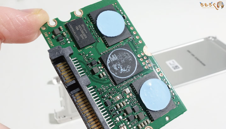 Intel 545sの基板コンポーネント(中身)