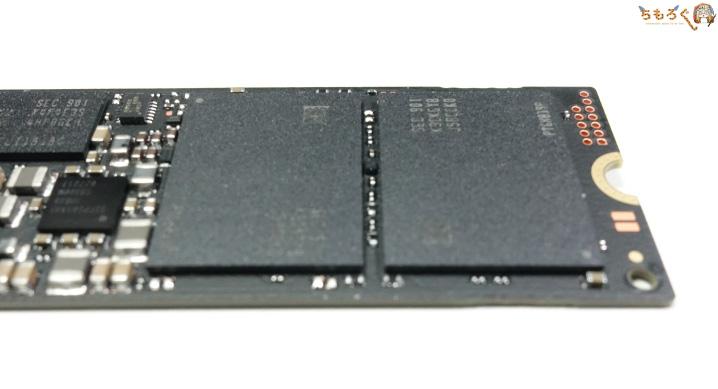 NANDフラッシュは「Samsung製96層3D-TLC NAND」