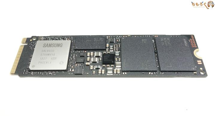 Samsung 970 EVO Plusのコンポーネントをチェック