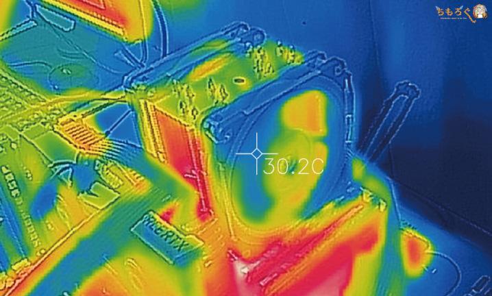Noctua NH-U12Aの表面温度