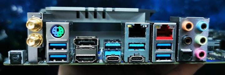 「X570」チップセットではUSBが強化される