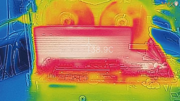 Samsung 983 ZET(サーモグラフィー)