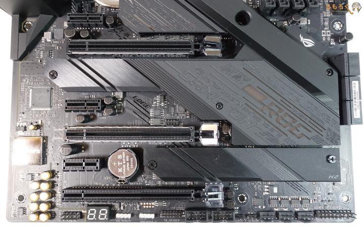 ASUS ROG STRIX Z490-E GAMINGをレビュー:外観とデザイン