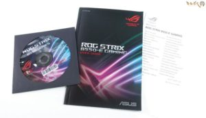 ASUS ROG STRIX B550-E GAMINGをレビュー:付属品について