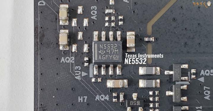 ASRock B550 Steel Legendをレビュー:基板コンポーネント(部品)をチェック