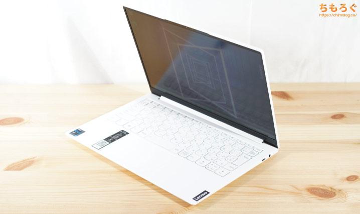 Yoga Slim 750i Carbonの外観デザイン(写真)